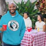 pullover-hoodie-mockup-of-a-man-at-a-bbq-party-29711